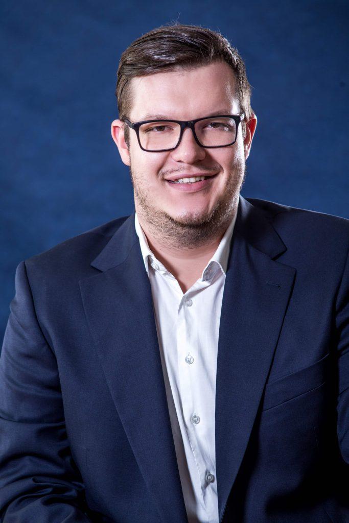 Dr. Kovács Roland ügyvédjelölt