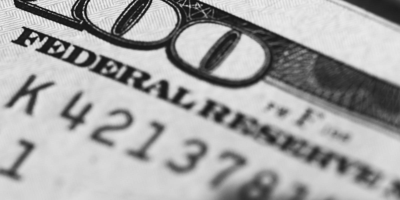 pénzhamisítás